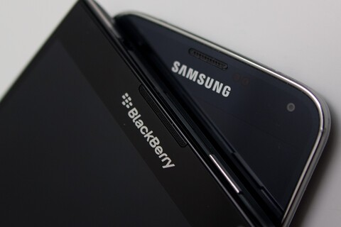 Samsung reportedly in talks to purchase Blackberry
