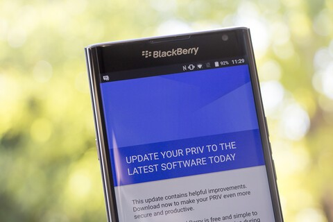 BlackBerry Priv now receiving its first update