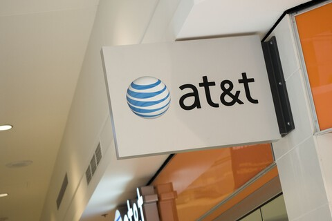 AT&T will pay up to $650 per line in switching costs for a limited time