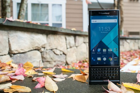Here is how to fix the 'No Service' bug on the AT&T BlackBerry Priv
