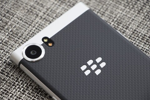 Getting started with photos and videos on the BlackBerry KEYone