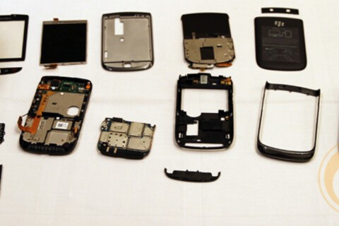 BlackBerry Torch 9800 Teardown Photos and Video of Slider Mechanism in Action!
