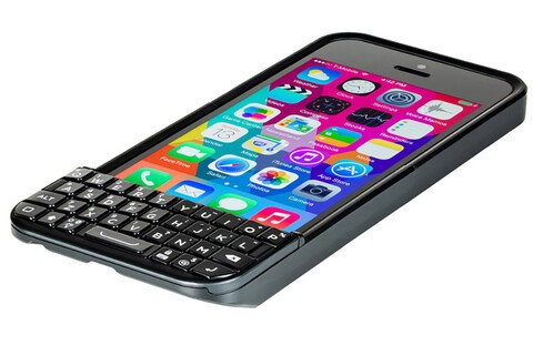 Typo 2 resurrects the iPhone keyboard case, looks a bit less like a BlackBerry