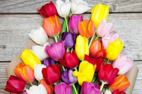 Get Mom $50 worth of flowers for $35