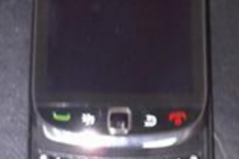 BlackBerry Slider Rumormill Continues: Final Device Model Numbers to Be 9900/9930? 9930 a Sprint Exclusive?