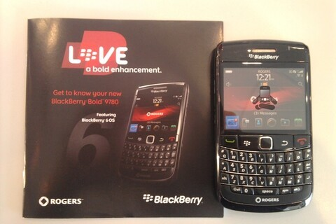 Rogers BlackBerry Bold 9780 dummy devices arrive