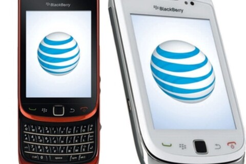 BlackBerry Torch arrives in red and white on AT&T