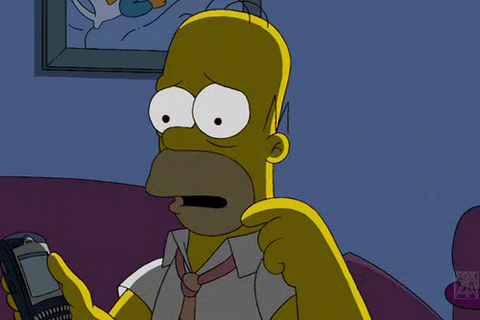 Celebrity BlackBerry Sighting: Homer Simpson Rockin' A BlackBerry 7230