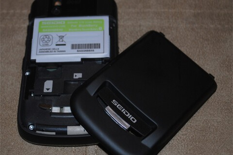 Review: Seidio 2600mAh battery for the 9650 - Enter to win an extended battery!