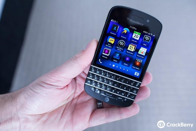 Carphone Warehouse promises more BlackBerry Q10 stock to handle demand