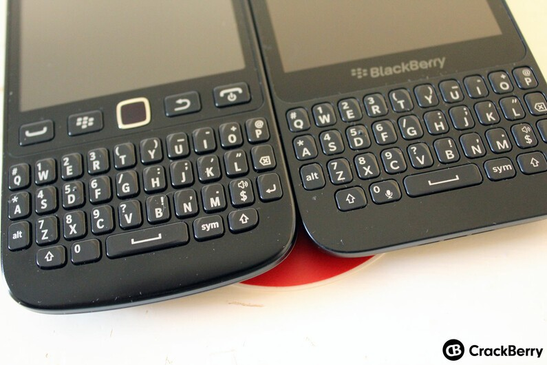 9720 (left), Q5 (right) keyboard comparison