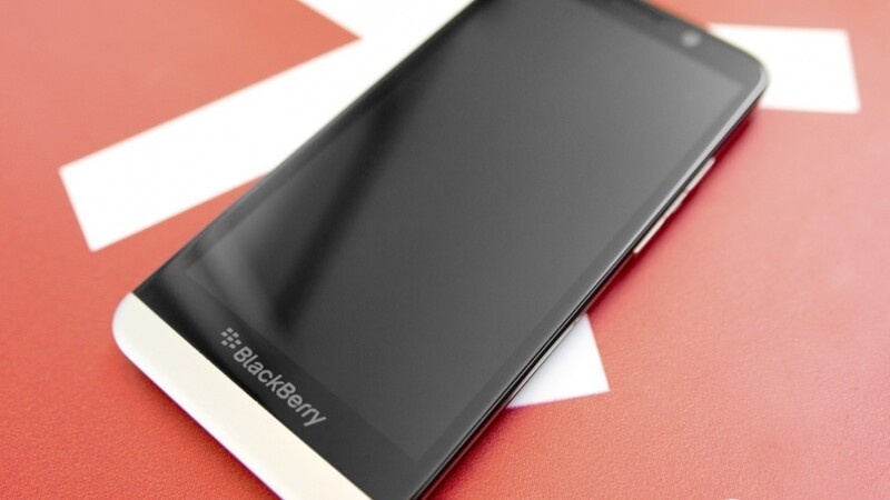 TELUS, Bell and Rogers offering the BlackBerry Z30 for $0