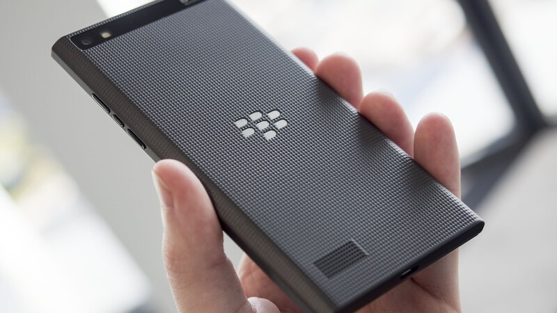 Hands-on with the BlackBerry Leap