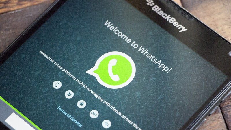 WhatsApp extends their BBOS and BlackBerry 10 shutdown