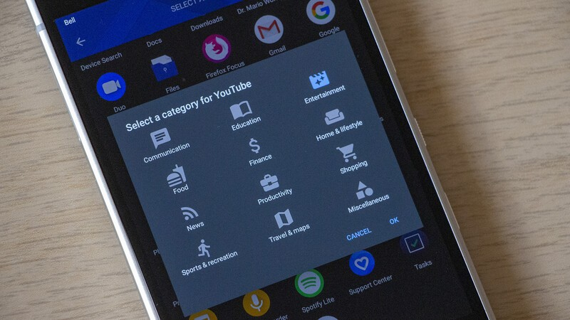 How to change category icons for apps in the BlackBerry Hub+ Inbox