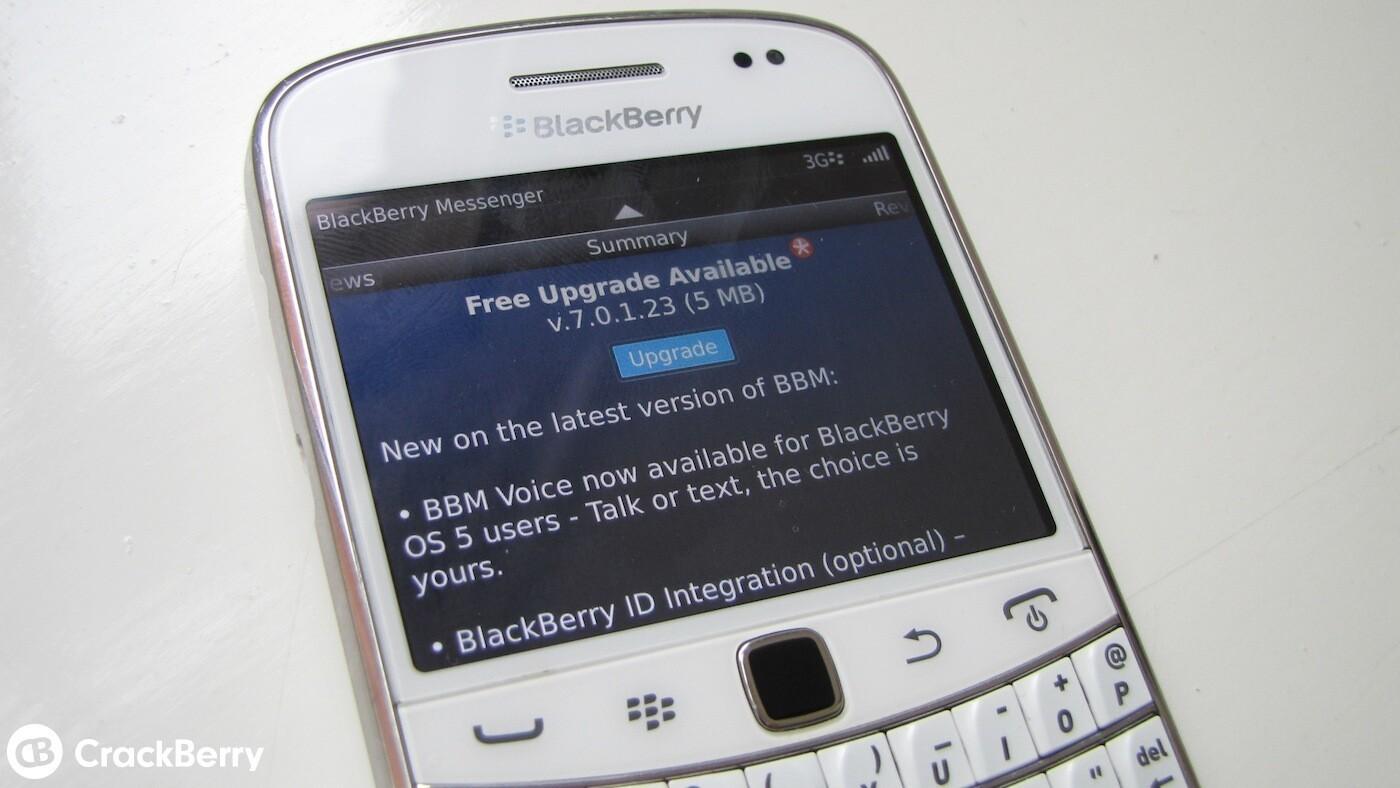 blackberry messenger version 7.0.1.23