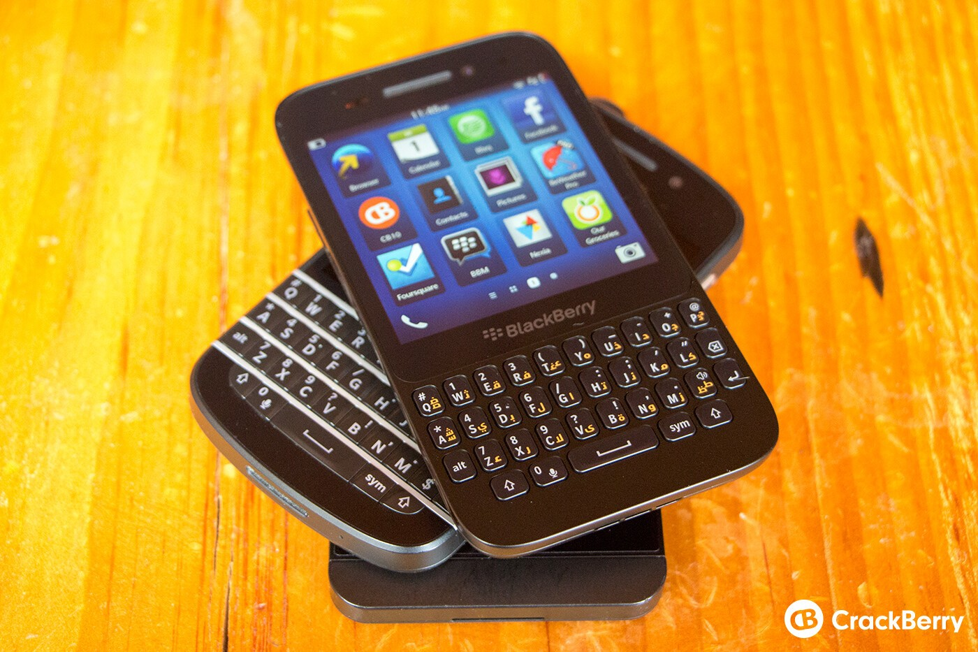 Leaked OS 10 2 0 1323 for the BlackBerry Z10, BlackBerry Q5 and