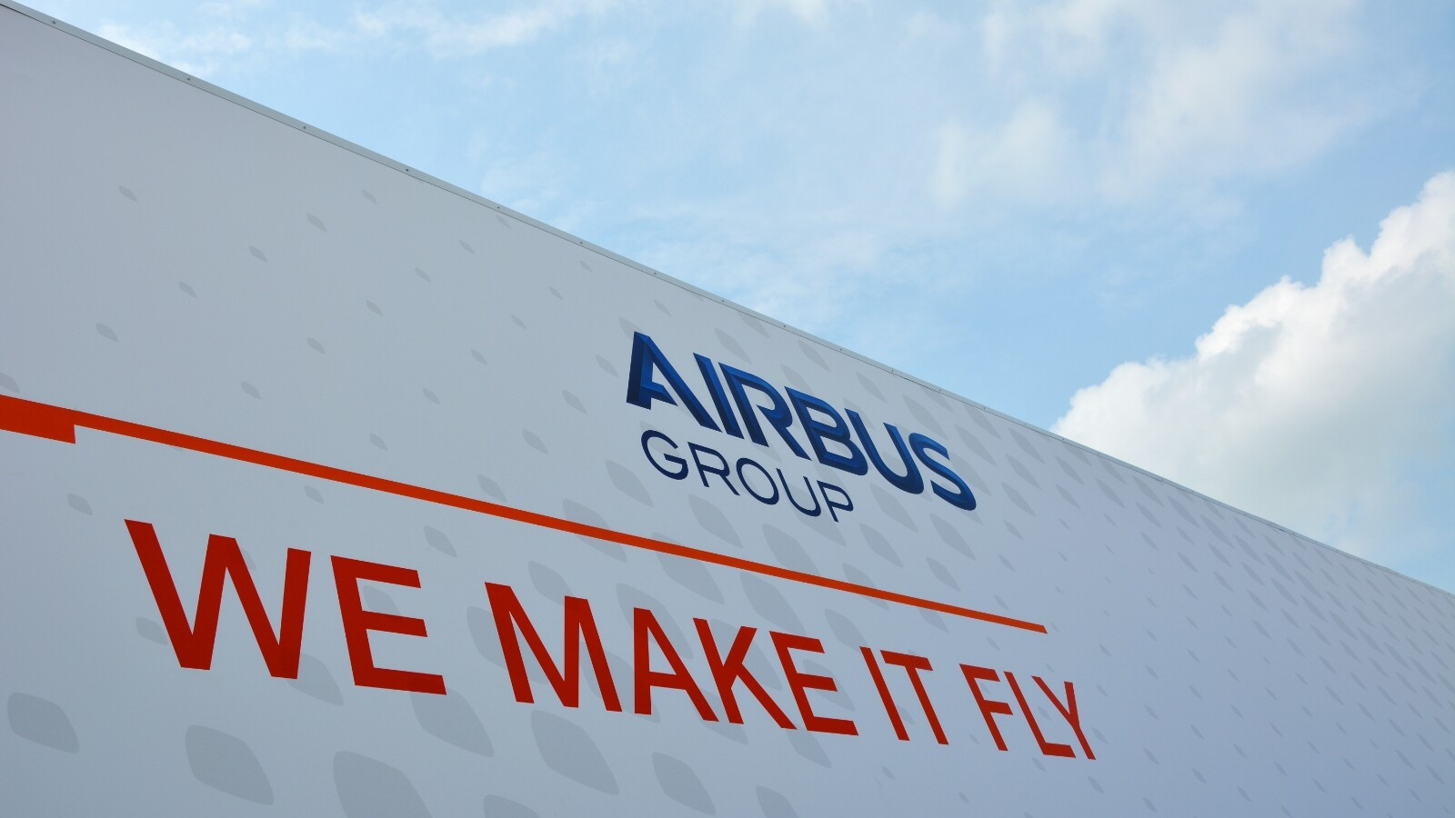 Airbus Group Renews Its Confidence In Blackberry By Upgrading To