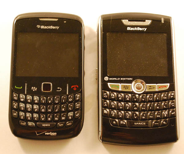 BlackBerry Curve 8530, 8830WE