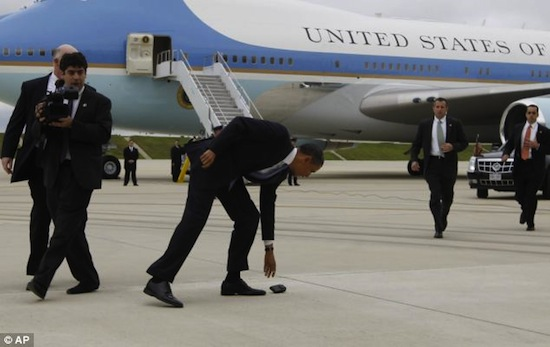 Obama Drops BlackBerry