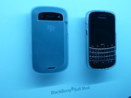 BlackBerry Bold 9900 Soft Shell Case