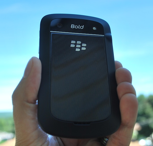 BlackBerry Bold 9930 Back