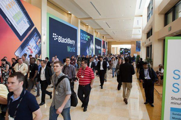 BlackBerry World Crowd