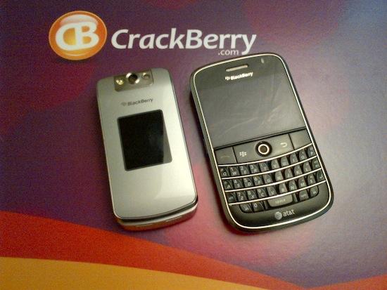 BlackBerry Bold 9900 Camera