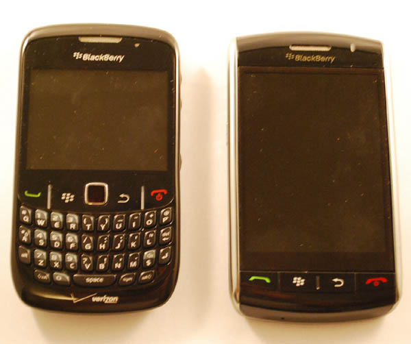BlackBerry Curve 8530, Storm 9530