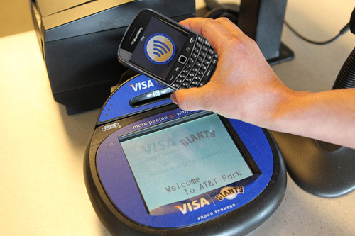 Using NFC, payment at contactless card terminals will be easy