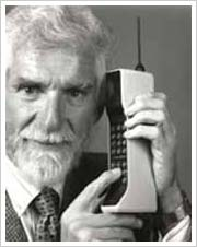 The First Cellular Phones Looked Like Bricks