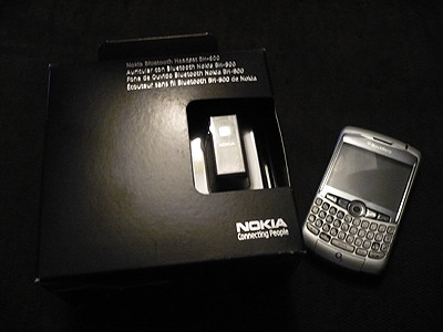 Nokia BH-800 and BlackBerry Curve