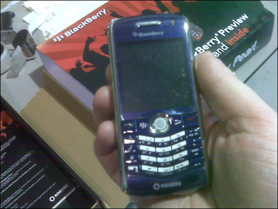 Rogers BlackBerry Pearl 8110