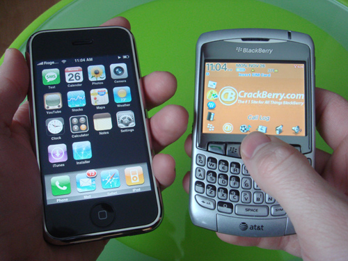 Smartphone Round Robin: iPhone First Impressions