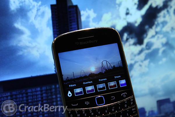 Instagram like applications for BlackBerry