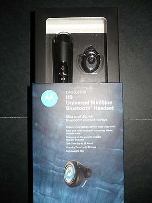 Motorola H9 Bluetooth Headset Packaging
