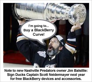 Niedermayer and Ducks Hoist the Stanley Cup