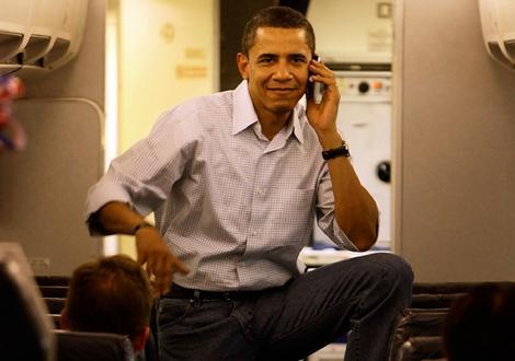 Barack Obama Loves His BlackBerry