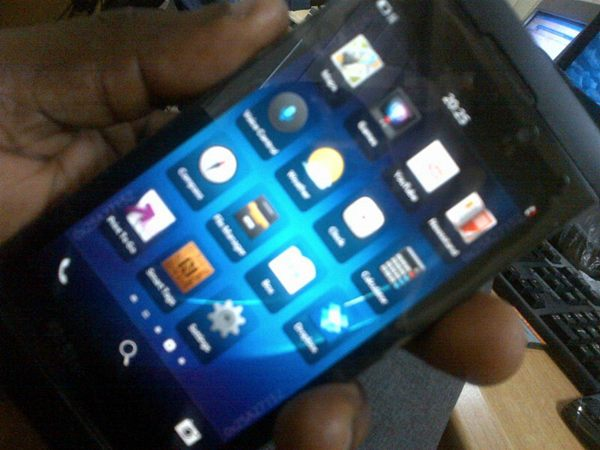 BlackBerry 10 L-Series