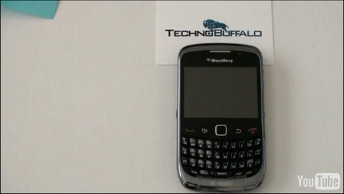 T-Mobile branded BlackBerry Curve 9300 gets fondled on video