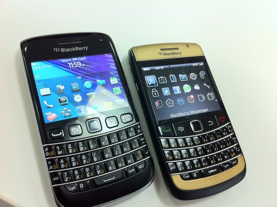 handset how much is a blackberry bold 9790 worth many