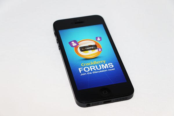 CrackBerry Forums App