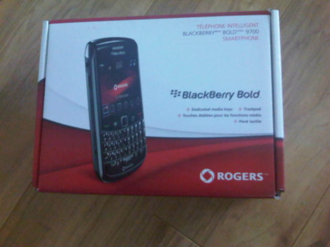 Rogers BlackBerry Bold 9700 Review!