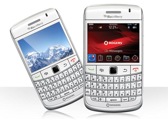 White BlackBerry Bold 9700 Now Available For Direct Purchase From Rogers