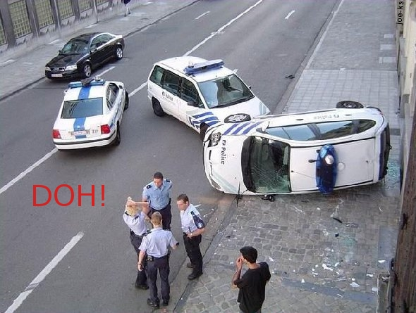 Cop Crashed Over BlackBerry Use!