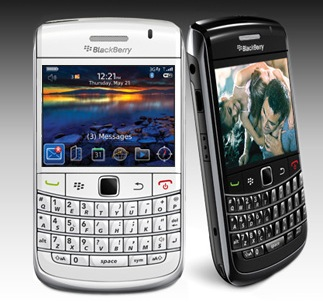 White BlackBerry Bold 9700 Spotted On BlackBerry Website