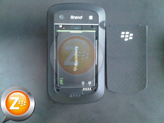 BlackBerry Bold Touch 9900 battery