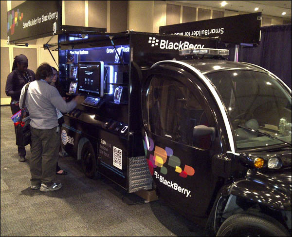 SmartBuilder for BlackBerry Tour van
