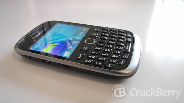 BlackBerry Curve 9320 and 9220 introduced in Latin America