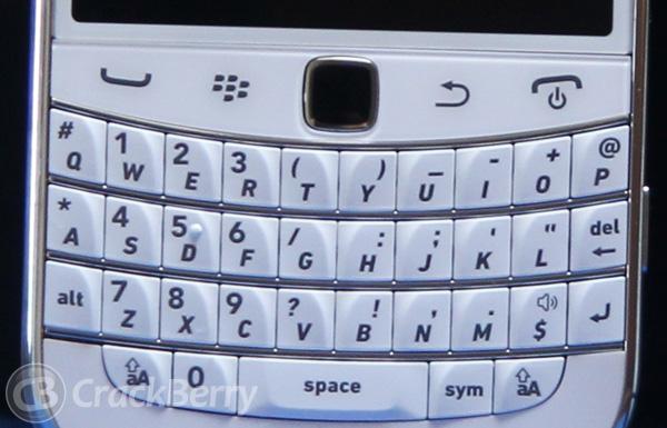 White Bold 9900 keyboard